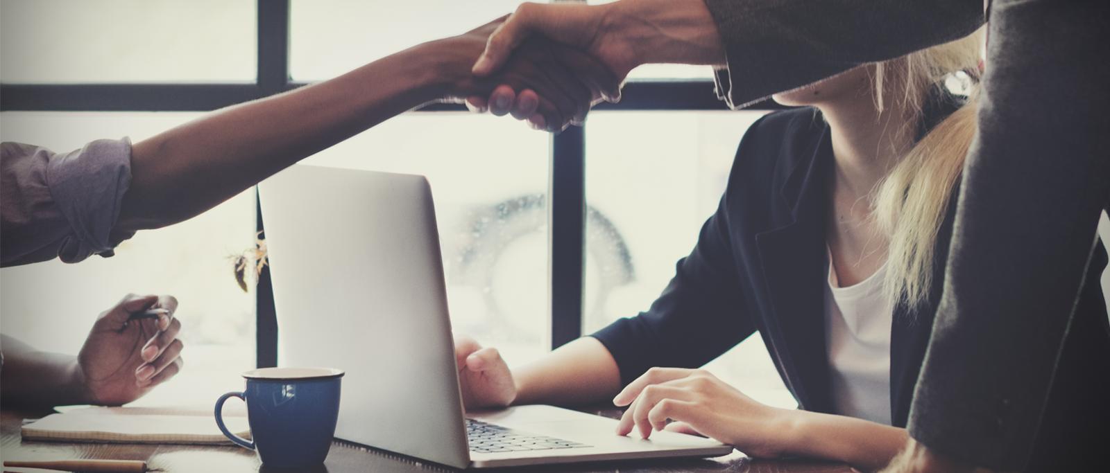 Como prospectar clientes para empresas do setor de tecnologia? Veja 7 passos infalíveis